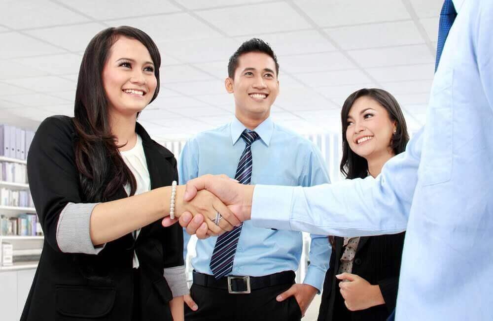 physician salary negotiation