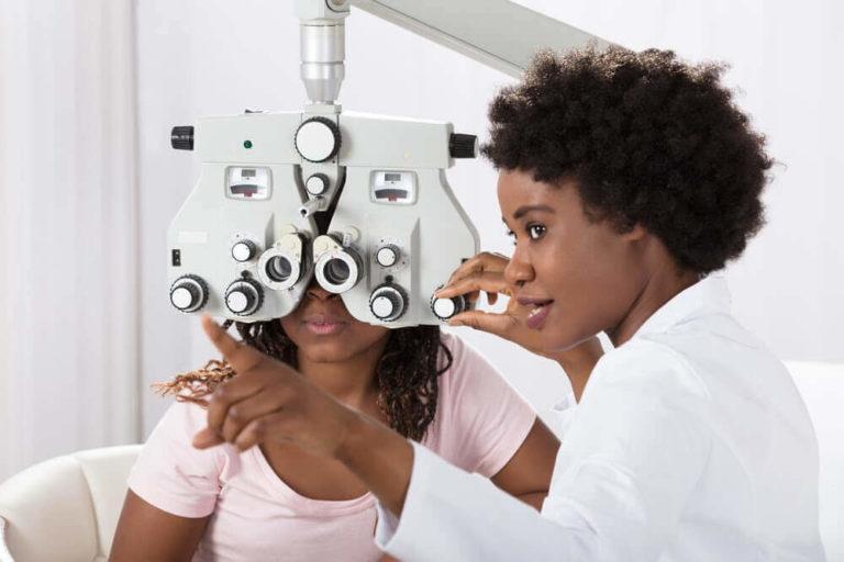 optometrist salary 768x512