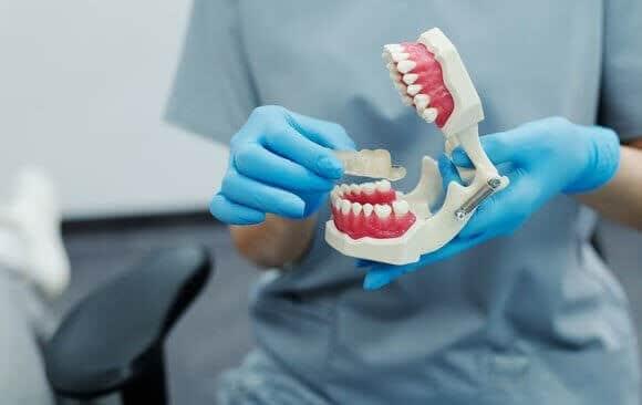 oral surgeon fellowships