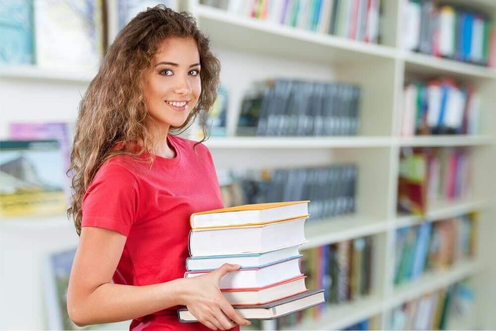 Med school student in library